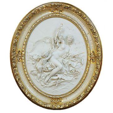 Овальное панно из фарфора «Венера и купидон», Италия
