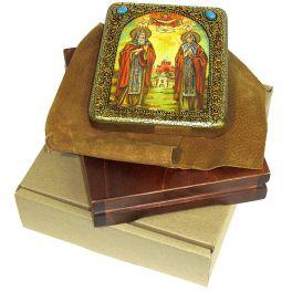Настольная икона размером 15х20 см «Преподобные Кирилл и Мария Радонежские» в подарочной шкатулке