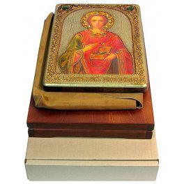 Подарочная кона «Святой Великомученик и Целитель Пантелеймон» в деревянной шкатулке
